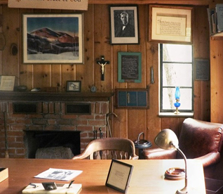Bill's Desk & Studio