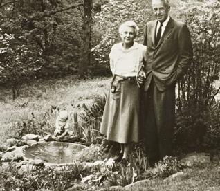 Bill & Lois at Fountain